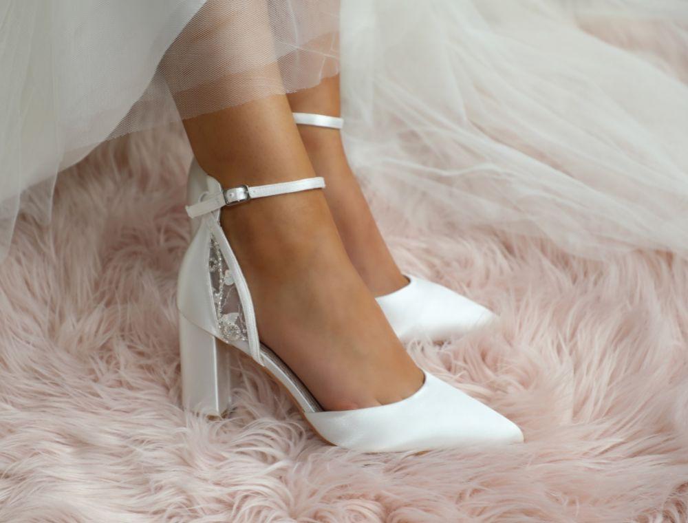 بشكل منتظم موقع Previs مرعب White Shoes Wedding Cabuildingbridges Org