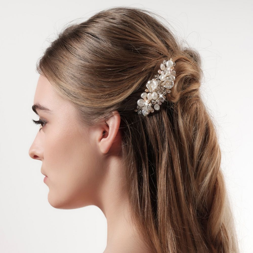 Deloras Gold Freshwater Pearl and Flowers Mini Hair Comb