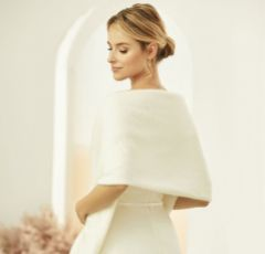 Bianco Ivory Cashmere Effect Wedding Shawl E318