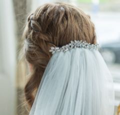 Luna Gold Small Crystal Embellished Wedding Hair Comb