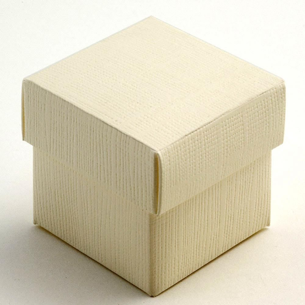 Ivory Silk Favour Box - Pack of 10