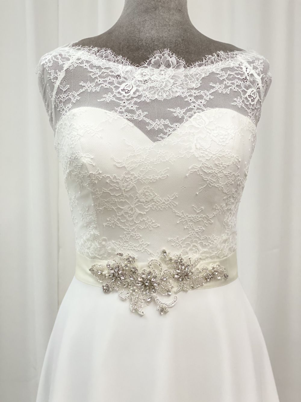 Perfect Bridal Yasmin Beaded Floral Dress Belt