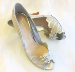 Laurel Lime Deco Fan Shoe Clips