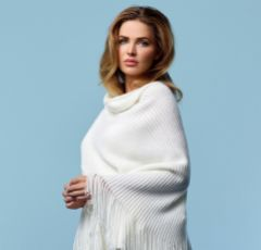 Sara Ivory Knitted Ribbed Wedding Shawl with Long Fringe