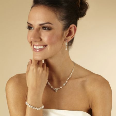Arianna Linked Pearl and Crystal Wedding Jewellery Set ARJ092