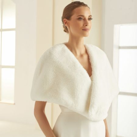 Bianco Ivory Faux Fur Bridal Cape E306