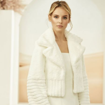 Bianco Ivory Faux Fur Long Sleeve Bridal Jacket with Collar E314