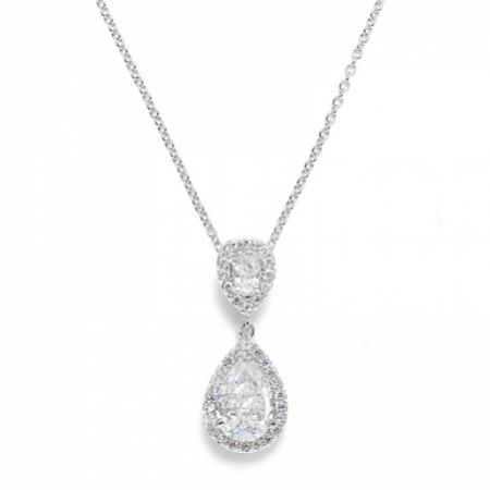 Celeste Chic Crystal Embellished Pendant Necklace (Silver)