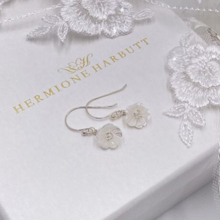 Hermione Harbutt Bianca Mother of Pearl Flower Droplet Earrings