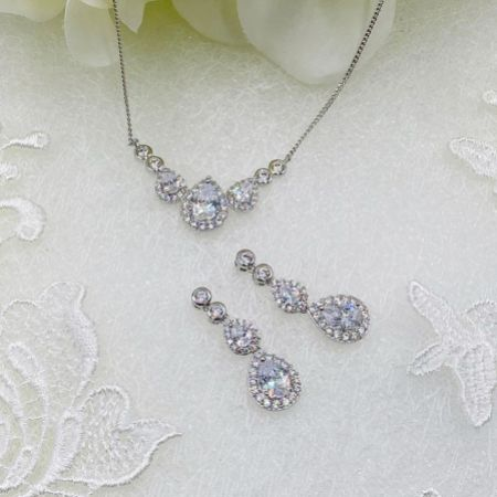 Ivory and Co Sorbonne Silver Bridal Jewellery Set
