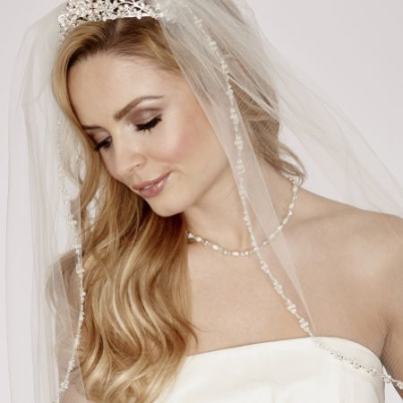 Linzi Jay Single Tier Veil with Pearl and Beaded Edge LA951
