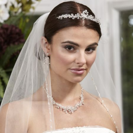 Linzi Jay Single Tier Veil with Pearl and Beaded Edge LA959
