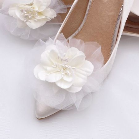 Perfect Bridal Apple Ivory Flower Shoe Clips