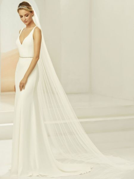 Bianco Ivory Plain Single Tier Chapel Veil with Corded Edge S388