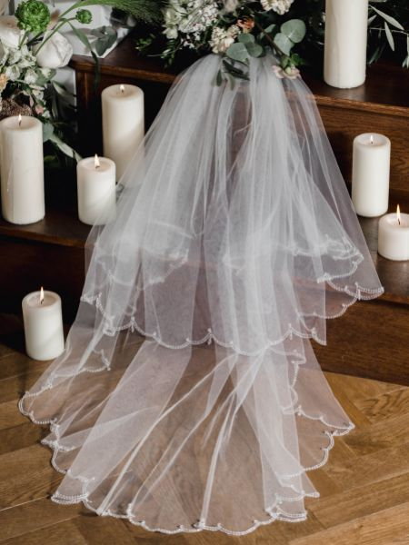 Linzi Jay Beaded Scalloped Edge Fingertip Veil with Crystal Drops LA941