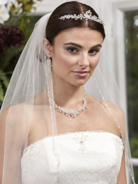 pearl veil. weding veil. bridal veil. accessories Paradise Veil with Pearl detail.