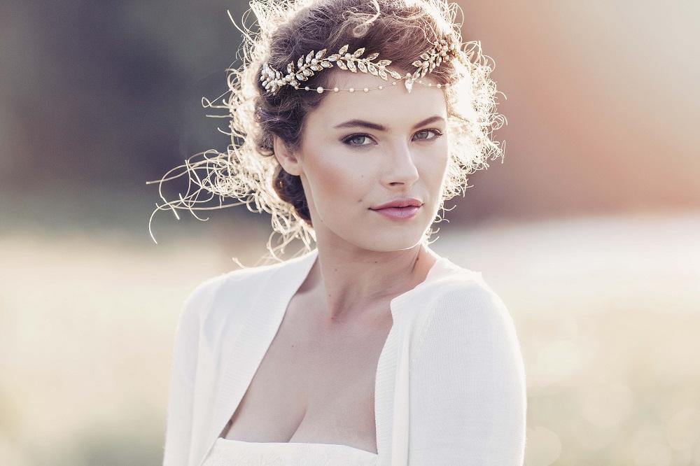 gadegaard-design-aida-roman-style-golden-crystal-embellished-leaves-headpiece