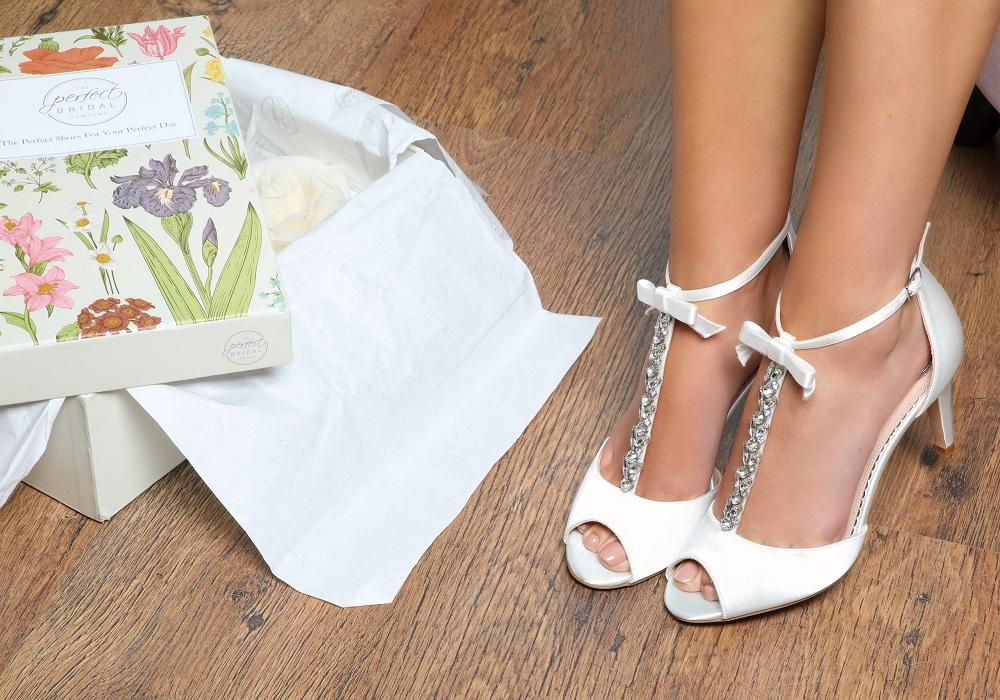 perfect-bridal-phoenix-crystal-t-bar-sandals