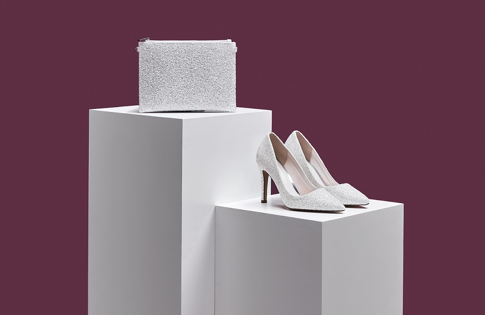 snow-glitter-heels